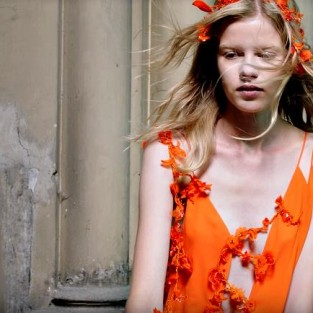 """Earthly Delights"" – A Fashion Film by Pierre Debusschere"