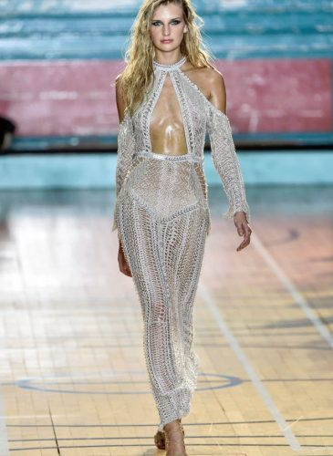 julien-macdonald-rtw17-lfw16-basic-magazine-19