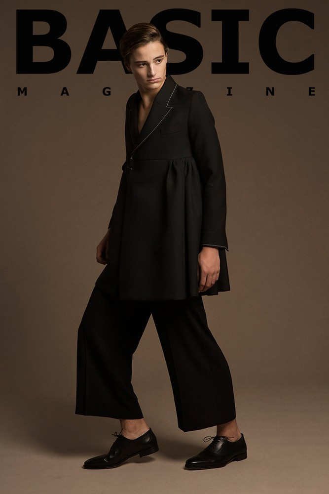 shann-lee-basic-magazine-8