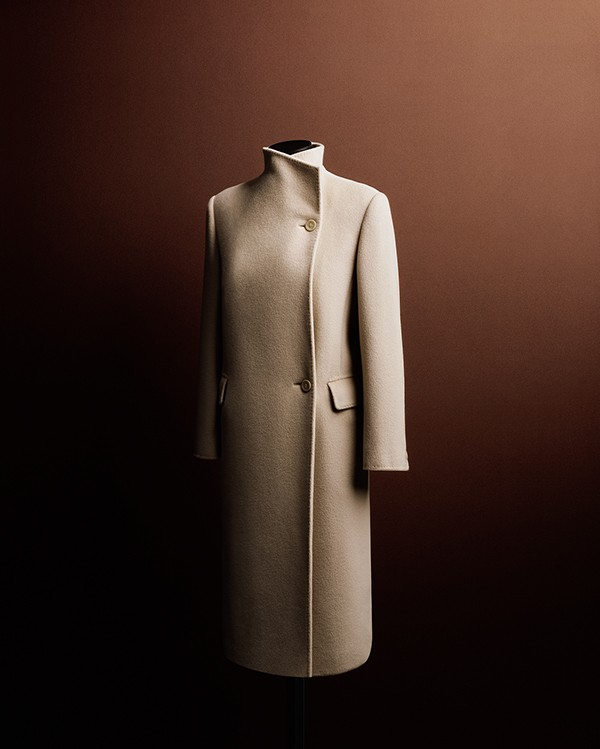 bodha-gilda-basic-magaizne-maxmara-coats-book10