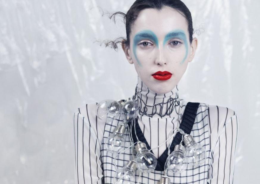 Electric Daisy by  Ekaterina Belinskaya