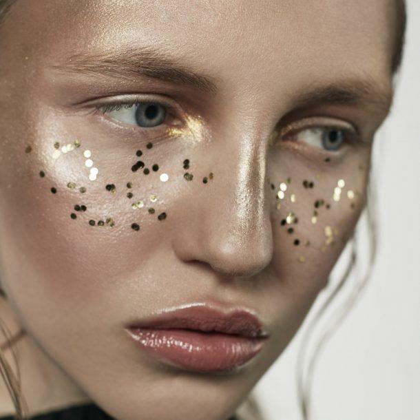 Paulina by Bernard Holdys