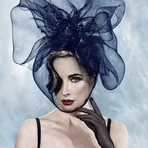 Dita Von Teese – Effortless Beauty